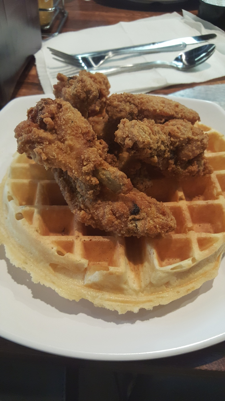 Yo'Mama's Chicken and Waffles Birmingham Blogger